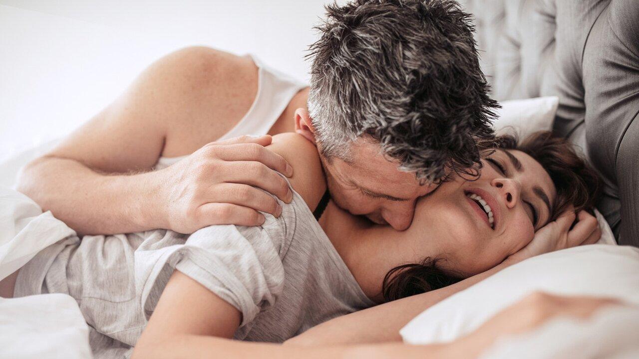 весы в постели гороскоп мужчины